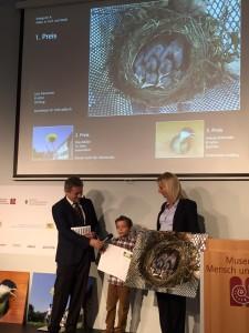 """Olchinger Grundschüler Luis Baumann gewann den 1. Platz im Fotowettbewerb """"Natur im Fokus"""" 2015"""