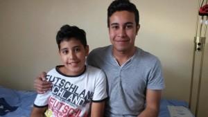 Zwei in Olching untergebrachte Brüder, die ohne ihre Eltern aus Syrien geflohen sind.  (Quelle: Helferkreis Asyl Olching)