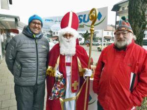 St. Nikolaus mit seinen Helfern Marcel Gemeke und Rainer Widmann